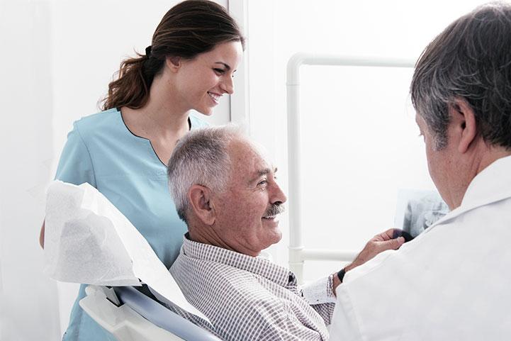 Protocolo odontológico para pacientes en tratamiento de radioterapia y quimioterapia